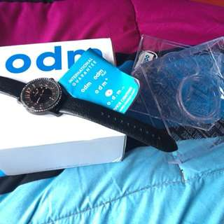 Odm leather watch- black