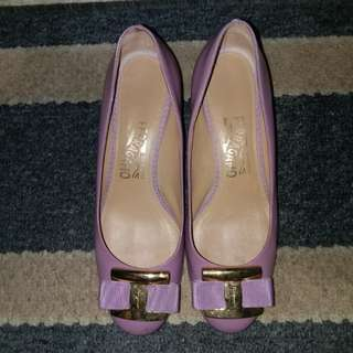 ferragamo shoes purple size 7