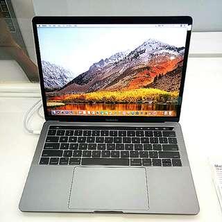"Kredit Macbook Pro 13"" Touch Bar 256 Gb"