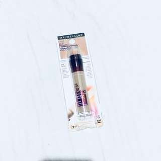 Maybelline Instant Age Rewind Eraser in Light Pale