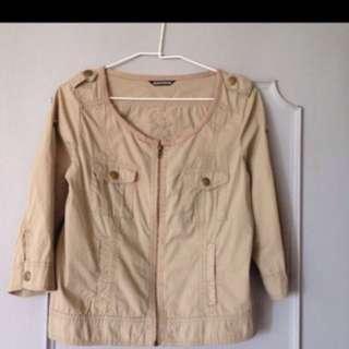 🚚 肩寬37公分 胸49 長52  日本買回很日本味的棉100%七分袖上衣。這種氣質款只有日本買得到