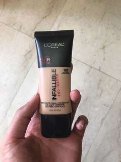 L'oreal Infallible Pro Matte Foundation in 103 Natural Buff