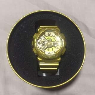 Gold Gshock watch Limited edition Vashtie violette Gold G-shock