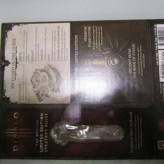Diablo III Strategy guide with Sculptured metal book mark