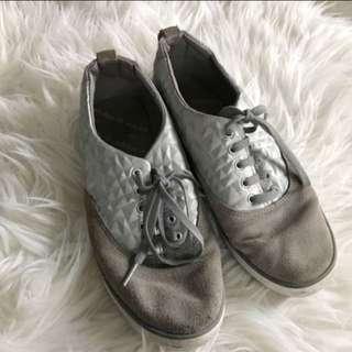 Adidas grey shoes sneakers abu