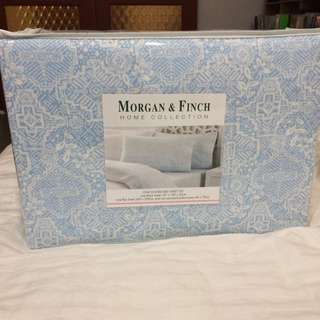 Morgan and Finch double sheet set