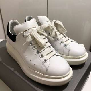 Alexander McQueen Larry Sneaker