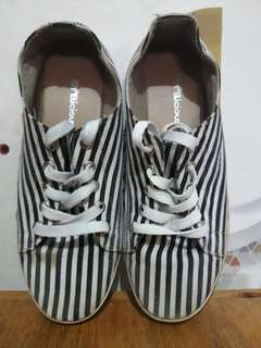 Shoelicious Preloved