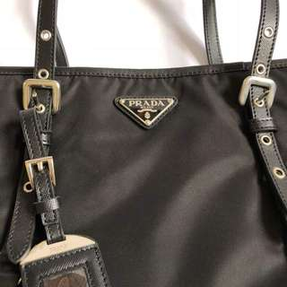 LIKE NEW PRADA PREMIUM 1to1