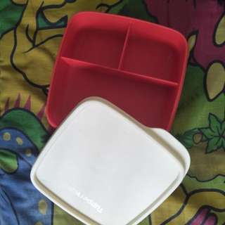 A04 - LUNCH BOX TUPPERWARE