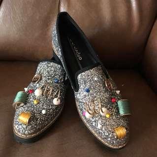 Korean loafer shoes with unique design