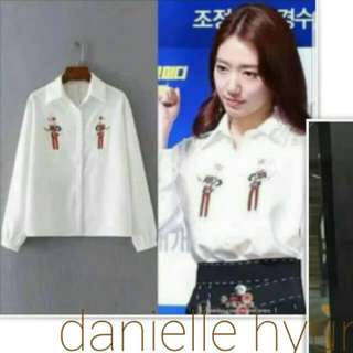 👗High quality white embroidered  Long sleeve