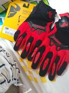 Brand New Thor Spectrum Gloves
