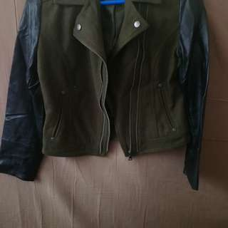 Bloomodales jacket leather sholder green large used... Free SF.. d