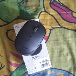 A04 - MOUSE WIRELESS LOGITECH