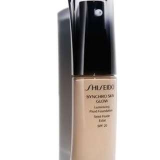 Shiseido SYNCHRO SKIN GLOW Luminizing Fluid Foundation (shade : Neutral 2)