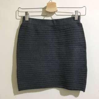 🚚 灰色包臀裙