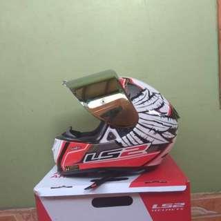 Helm LS2