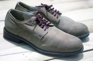 Sepatu Dexter