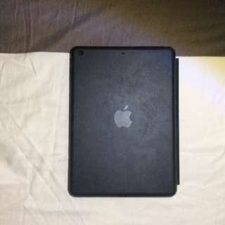Apple iPad Air 1 Leather Case (Black)