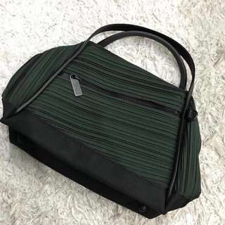 ISSEY MIYAKE BIAS BAG (small) MINT CONDITION