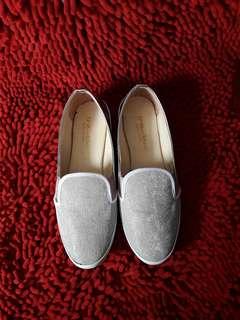 [Preloved] Flatshoes Bling Bling Wanita