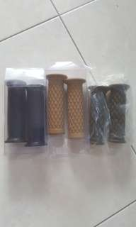 vintage motorcycle 22mm grips