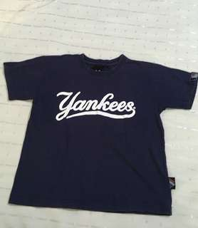 Charity Sale! Authentic New York Yankees Boys T-shirt size Small