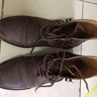 Brygan boots dark brown