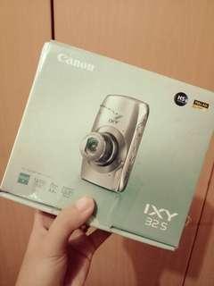 Canon IXY 32S Camera