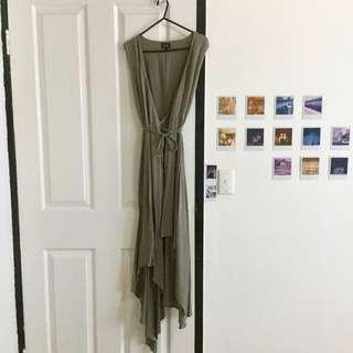 Bardot green wrap dress size Small 8 worn once RRP $150
