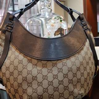 Authetic Gucci Handbag