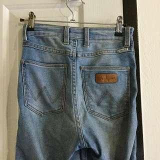 "Wrangler jeans high rise skinny ""Hi Pins"" size 7/ 25"