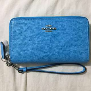 NEW AUTHENTIC COACH WALLET