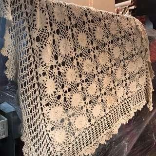 🚚 編織桌巾