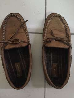 Sepatu coklat cowo
