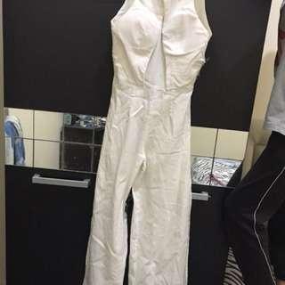 Jumpsuit putih sexy back