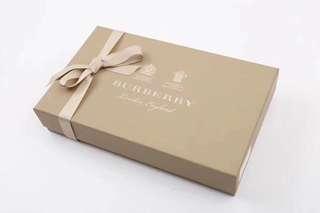 Burberry禮盒裝男士平腳內褲