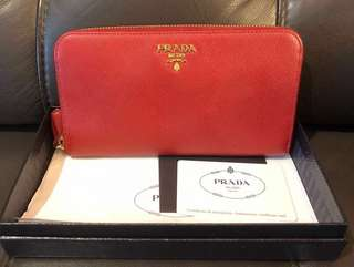 💯 Authentic Saffiano Zip-Around Wallet, Red (Fuoco)