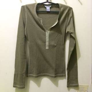 A&F Knit long-sleeves