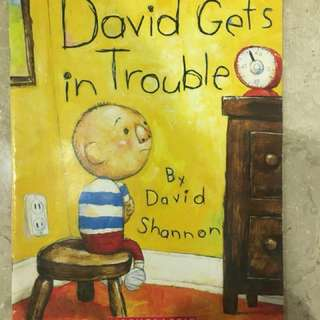 David Gets in Trouble ( English and chinese)