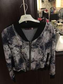 Brand name: SM Dept store (next)  Size: M Price: 200