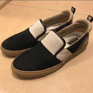 🈹 90% new MSGM slip on shoe sneakers 男裝鞋