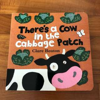 0-2Y EUC There's a cow in the cabbage patch board book