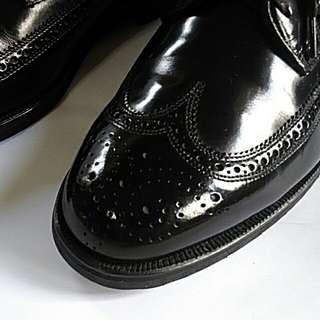 Florsheim black wingtip leather shoes for men