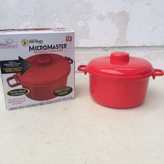 REPRICED: Microwave Pressure Cooker