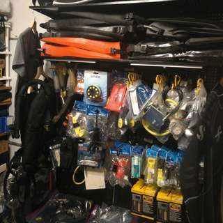 Dive Diving Scuba Accessories/BCDs/Fins/Torches... You name it..  DN most likely has it