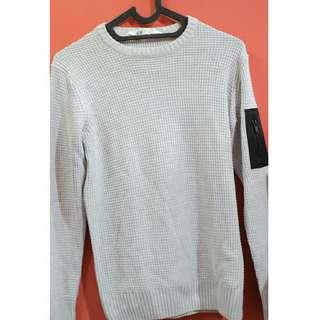 H&M sweater size 10-12