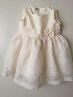 Dress (12months) very good condition