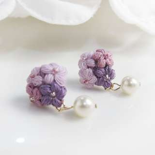 flower pearl drop crochet earrings for bridesmaid gift - maid of honor gift - mother's dat gift